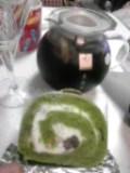 抹茶ロールケーキ。
