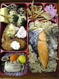 四季の炊き込み御飯弁当(いなげや)